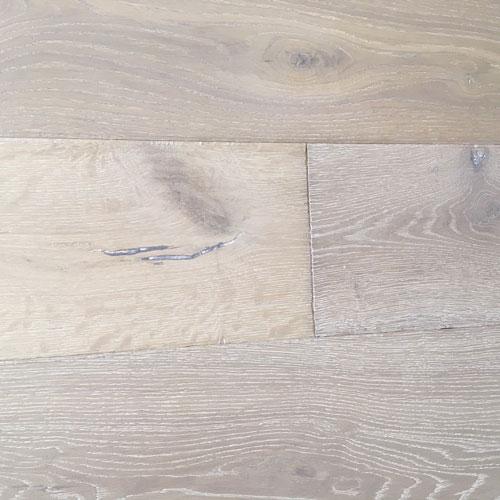 Oak Tuckton Chalk. Code. T61
