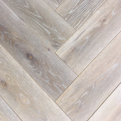 Oak Waterfall Herringbone. Code EE06